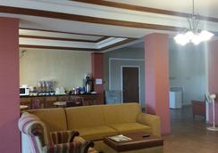 Executive Inn and Suites Waxahachie - Waxahachie - Lobby