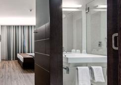 Moov Hotel Porto Centro - Porto - Bedroom