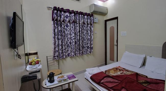 Hotel Mittal Inn - Ajmer - Bedroom