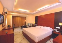 Emarald Hotel Cochin - Ernakulam - Bedroom