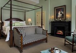 Rachael's Dowry Bed and Breakfast - Baltimore - Bedroom