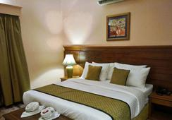 Dayal Lodge-A Boutique Hotel - Agra - Bedroom