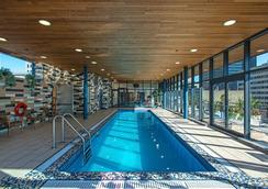 Le Square Phillips Hotel And Suites - Montreal - Pool