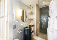 Villa Saint Germain - Paris - Bathroom