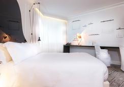 La Maison Champs Elysées - Paris - Bedroom