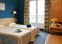 Innova (Madrigal) - Paris - Bedroom
