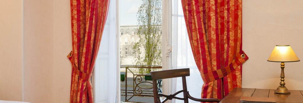 Hotel du Quai Voltaire - Paris - Bedroom