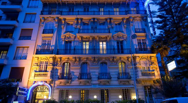 Hotel Nice Excelsior - Nice - Building