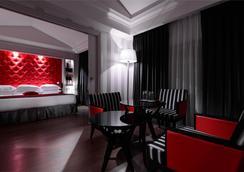 Hotel Le Mathurin - Paris - Bedroom