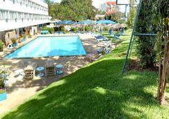 Sentrim Boulevard Hotel - Nairobi - Pool