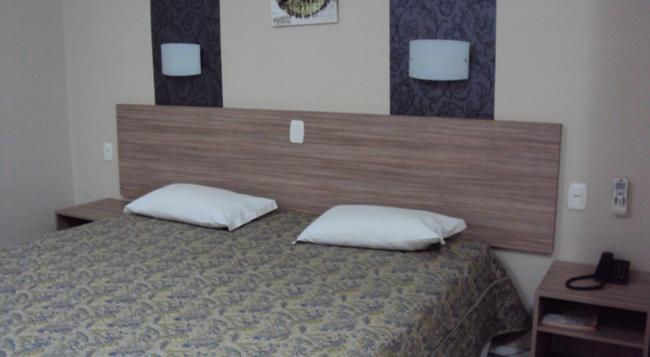 Olinda Hotel e Eventos - Toledo - Bedroom