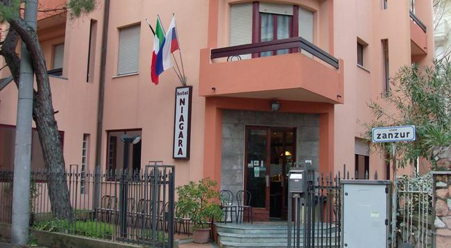 Hotel Niagara Rimini - Rimini - Building