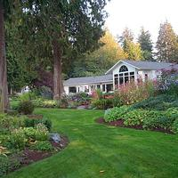 Colette's Bed & Breakfast 10 Acre Outdoor Sanctuary - Enchanting Gardens, Towering Cedars and Lush Forest