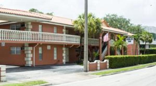 Gables Inn - Coral Gables - Building