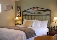El Rancho Motel - Bishop - Bedroom