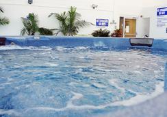 Bolero Resort - Wildwood - Spa
