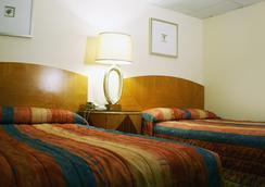 Bolero Resort - Wildwood - Bedroom