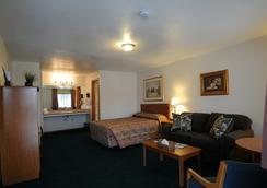 Legacy Inn - Price - Bedroom