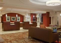 Four Points by Sheraton Suites Tampa Airport Westshore - Tampa - Lobby