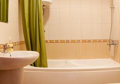 Ruby Tower Apartments - Bansko - Bathroom