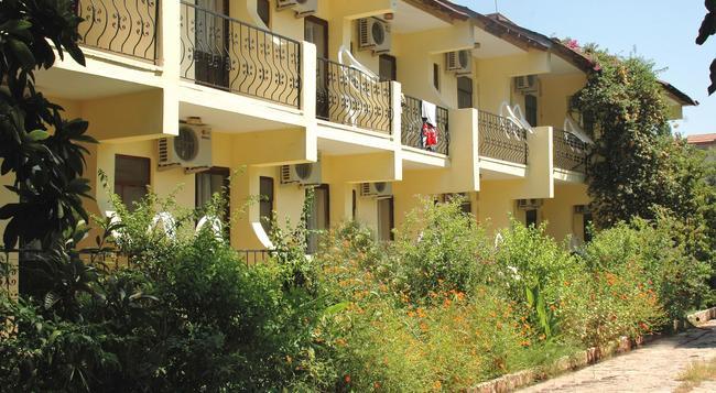 Patio Hotel - Dalyan (Mugla) - Building