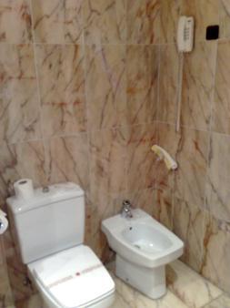Hotel Turia - Valencia - Bathroom