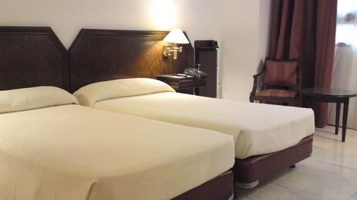 Hotel Turia - Valencia - Bedroom