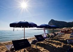 Albergo Auralba - San Vito Lo Capo - Beach