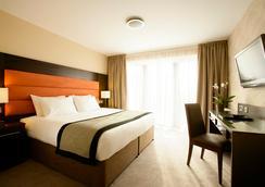 Edinburgh Capital Hotel - Edinburgh - Bedroom