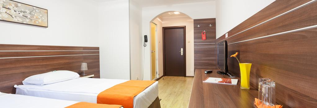Hotel Citadella Bucuresti - Bucharest - Bedroom
