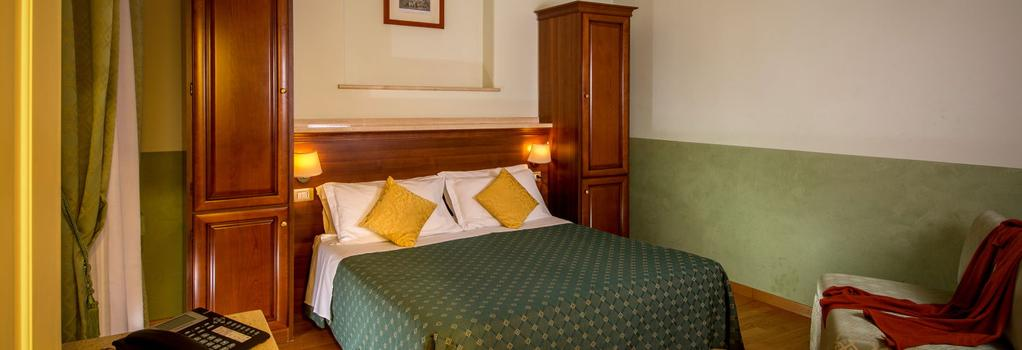 Hotel Centrale - Rome - Bedroom