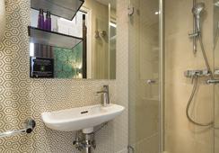 Hotel Design Sorbonne - Paris - Bathroom