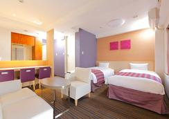 Hotel MyStays Asakusa - Tokyo - Bedroom
