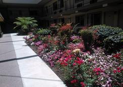 Good Nite Inn - Whittier - Outdoor view