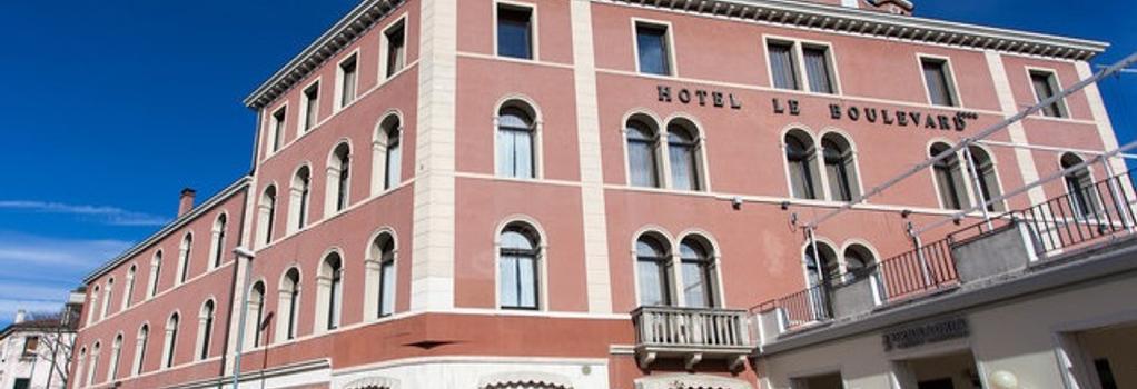 Hotel Le Boulevard - Venice - Building