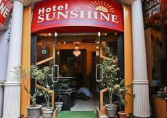Hotel Sunshine - Haridwar - Outdoor view