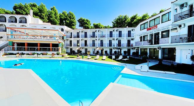 Hotel Punta - Skiathos - Building