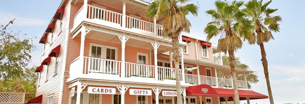 The Riverview Hotel - New Smyrna Beach - Building