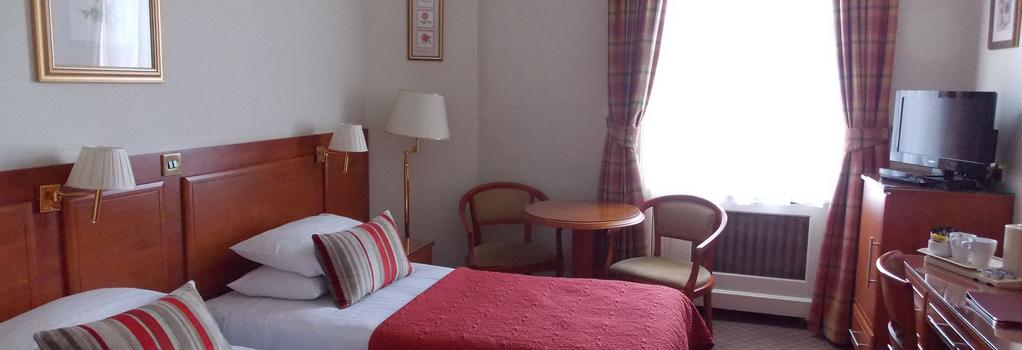 St George Hotel - London - Bedroom