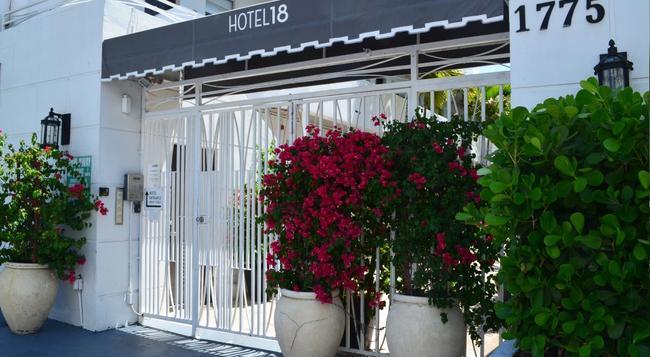 Hotel18 - Miami Beach - Building