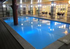 Vera Hotel - Angeles City - Pool