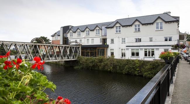 The West Cork Hotel - Skibbereen - Building