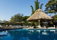Hotel Villa del Conquistador - Cuernavaca - Pool