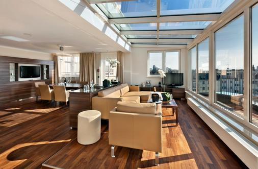 Flemings Hotel Frankfurt Main-Riverside - Frankfurt am Main - Living room
