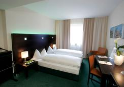 Fleming's Hotel Frankfurt Hamburger Allee - Frankfurt am Main - Bedroom