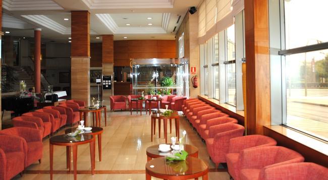 Gran Hotel de Ferrol - Ferrol - Building