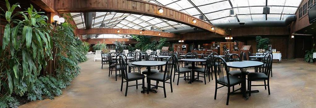 Wingfield Inn & Suites - Elizabethtown - Pool