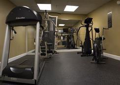 Wingfield Inn & Suites - Elizabethtown - Gym