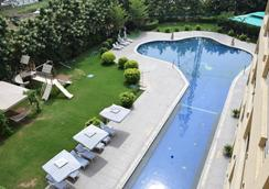 St Laurn The Spiritual Resort - Shirdi - Pool