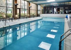Cincinnati Marriott Northeast - Mason - Pool